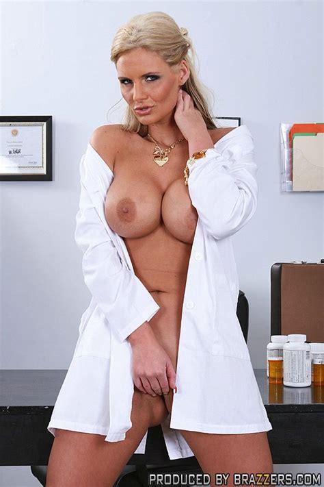 sexy nude doctors jpg 533x800