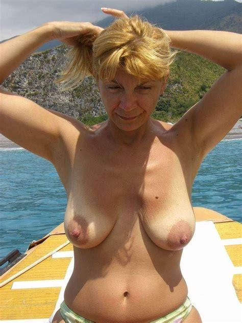 no bras on big boobs jpg 768x1024